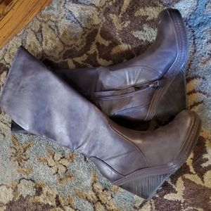Size 8 Dr. Scholl's brown wedge boots